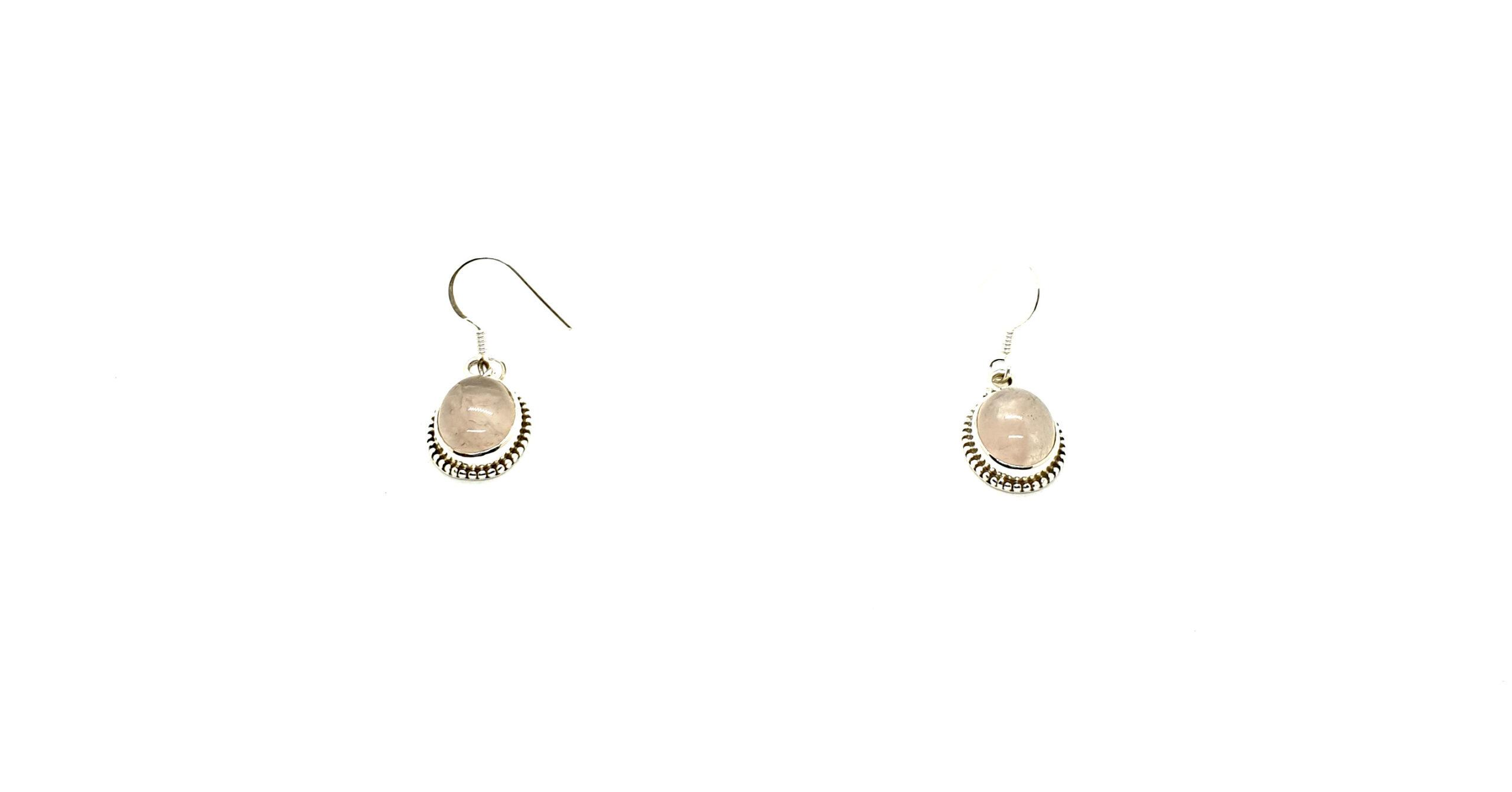 Photo earring moonstone 1