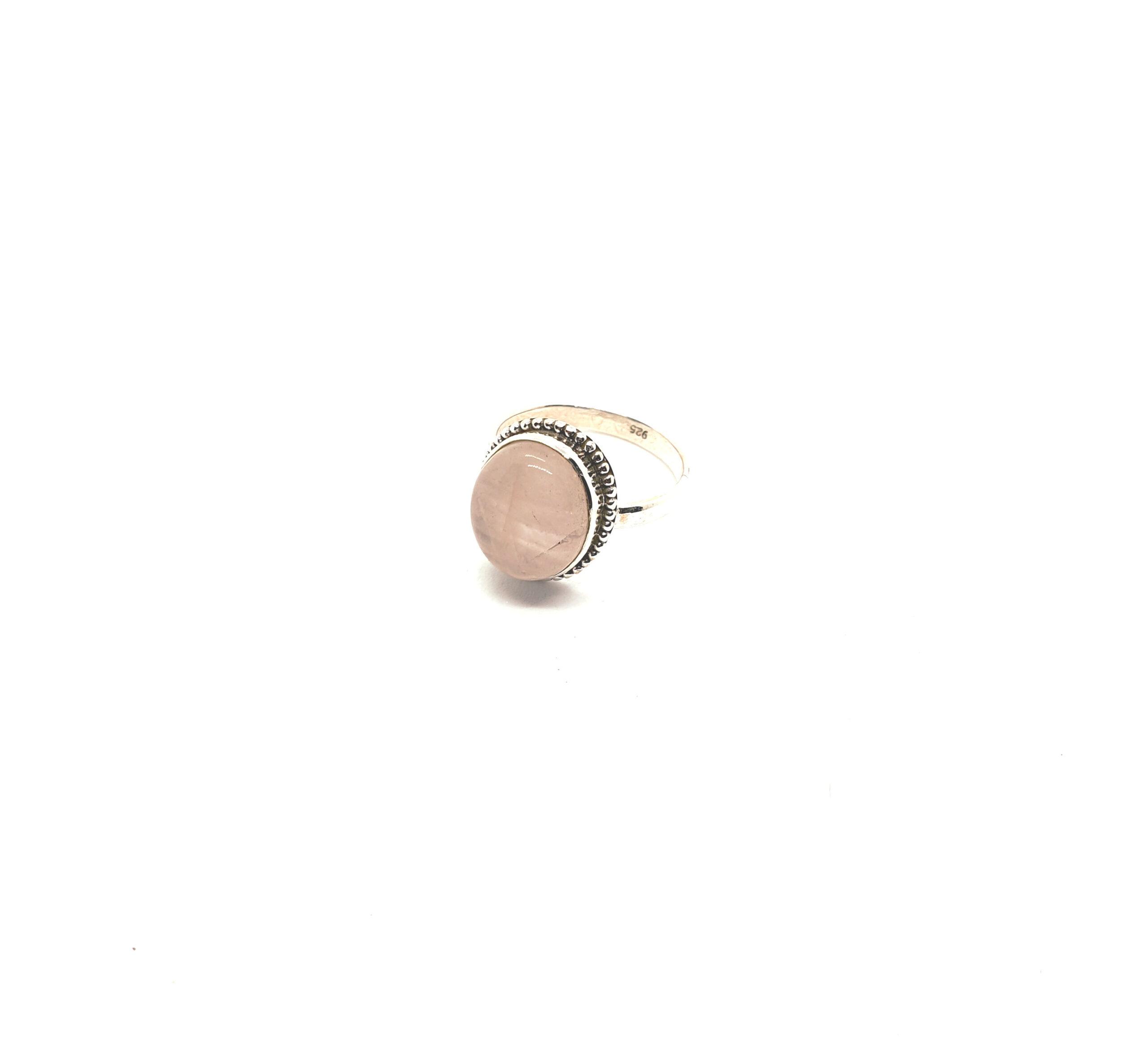 Photo moonstone ring 2
