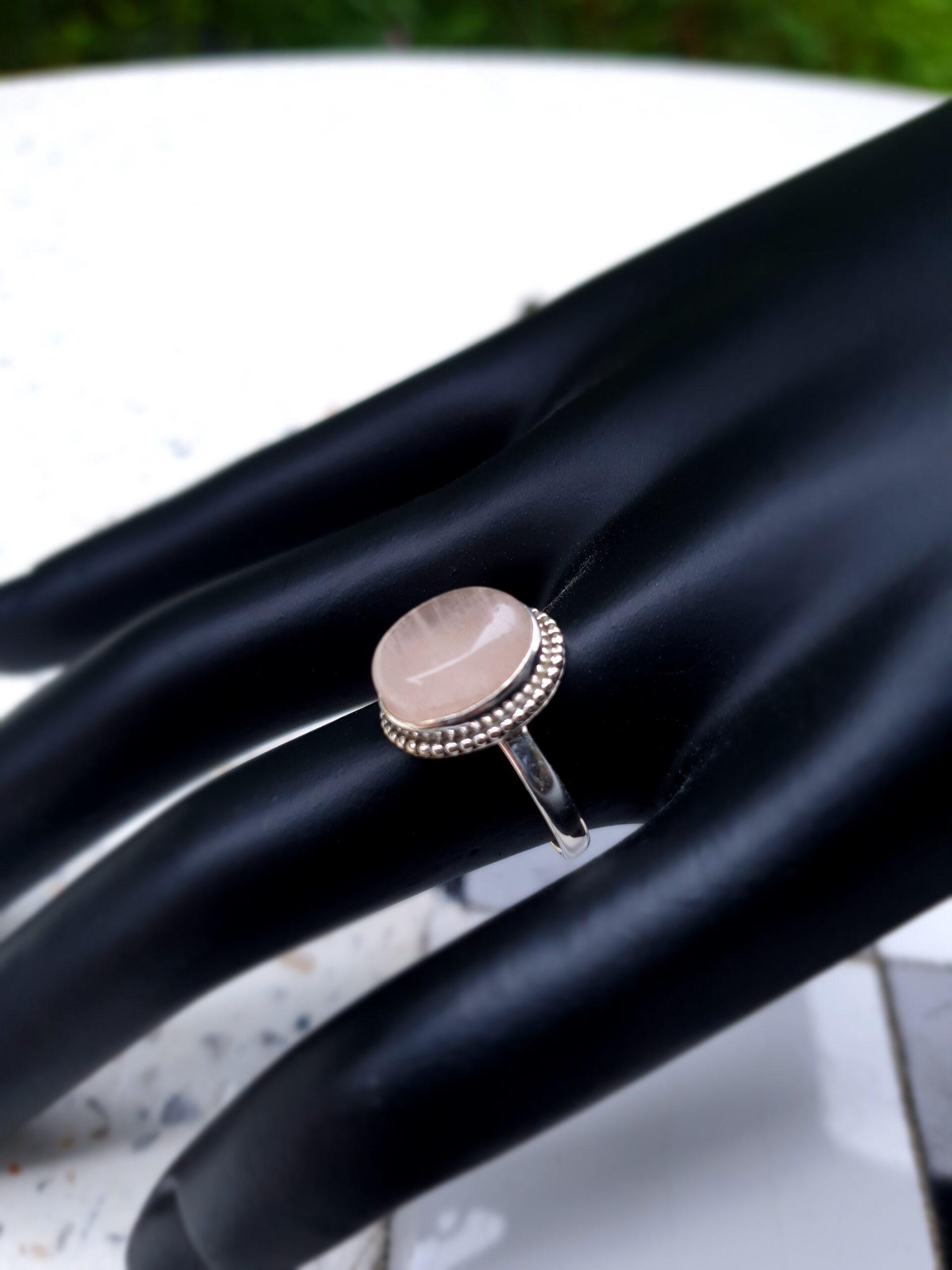 Photo moonstone ring 4