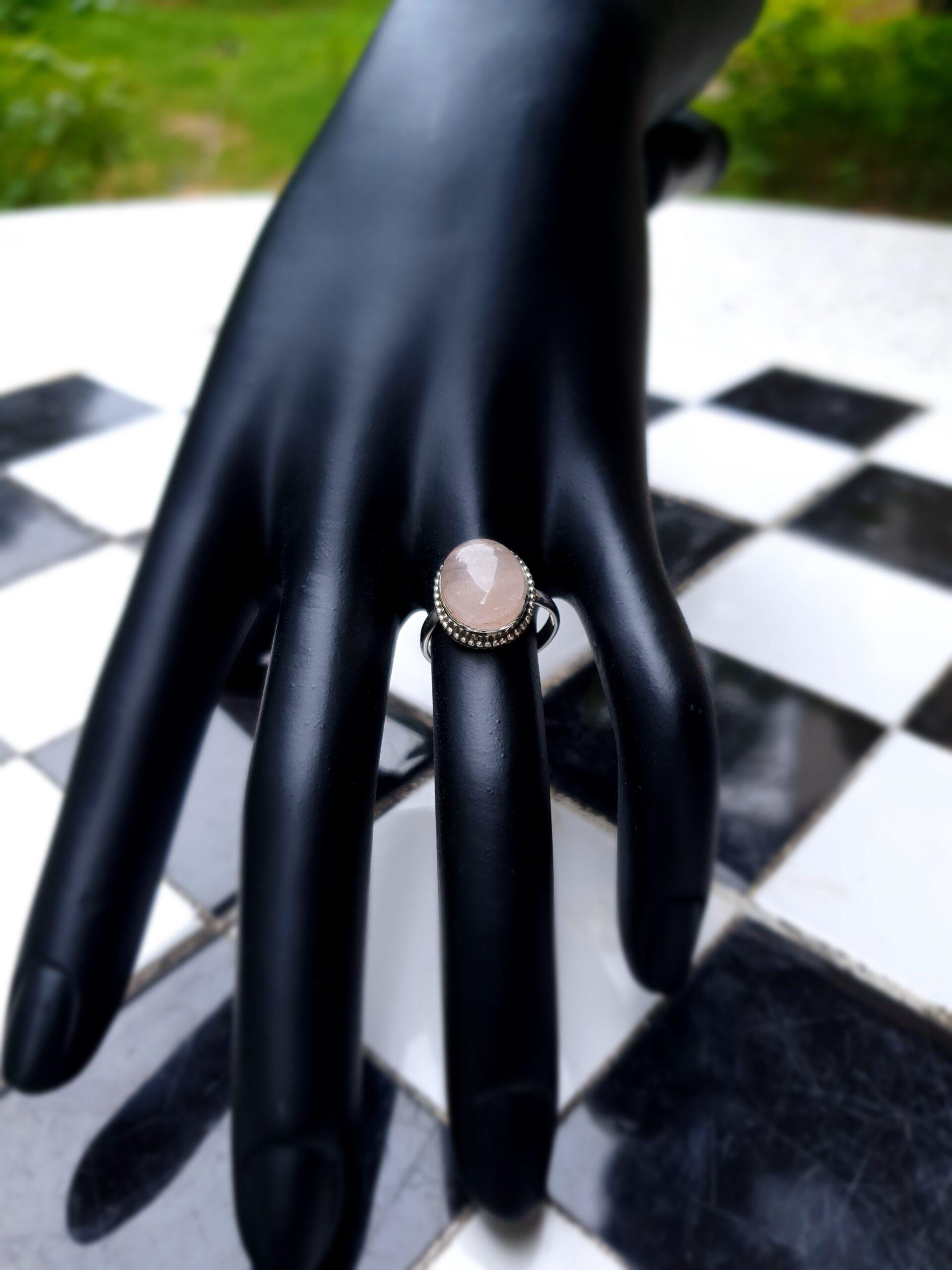 Photo moonstone ring 5